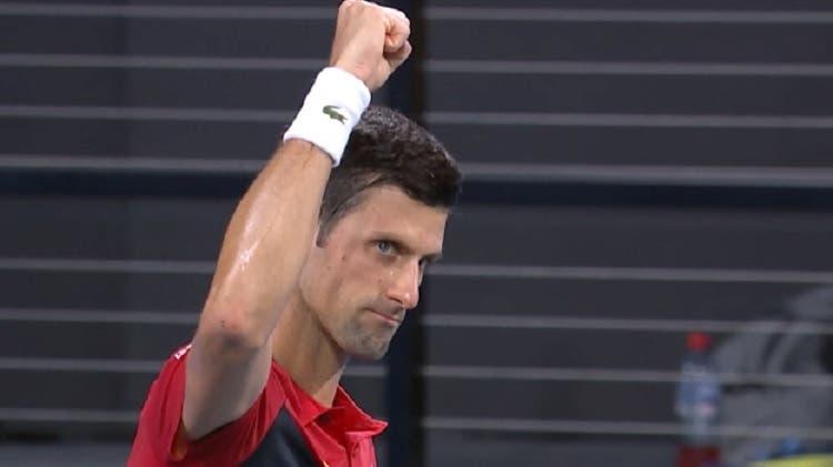 Djokovic triunfa no regresso de Anderson seis meses depois