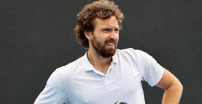 Gulbis não esperava ganhar tantos encontros e já não tem o que calçar no Australian Open