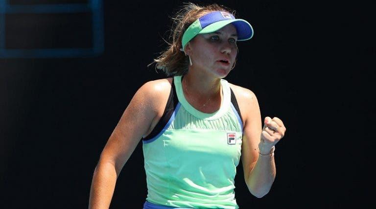 Sofia Kenin volta a sofrer contra tenista fora do top 100 mas segue para as 'meias' em Lyon