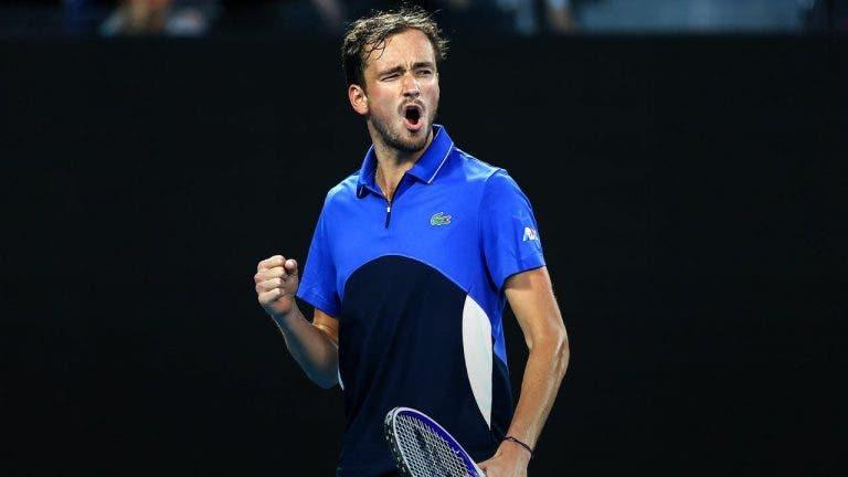 Medvedev vence sem problemas e garante lugar na terceira ronda do Australian Open