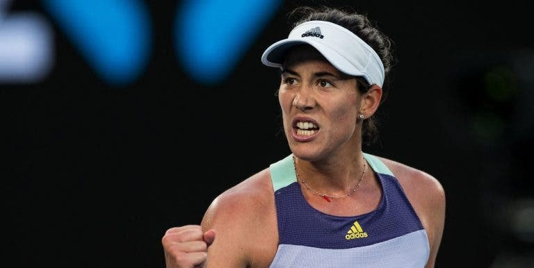 Muguruza carimba passaporte para os 'quartos' em Doha; Pliskova eliminada