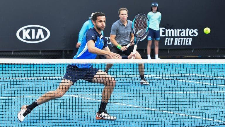 Bruno Soares vence e está nos 'oitavos' da variante de pares do Australian Open