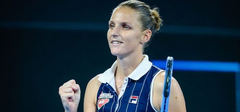 Pliskova salva match point, bate Osaka e defronta Keys na final em Brisbane