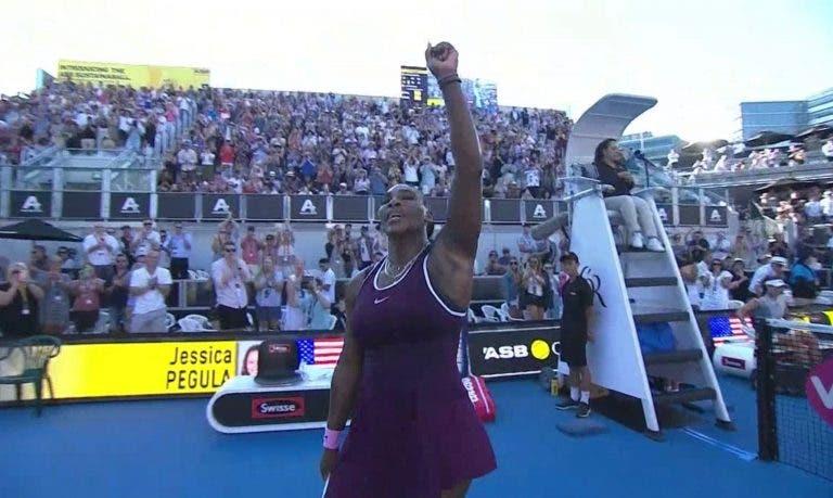[VÍDEO] O momento em que Serena venceu o seu primeiro título com mãe