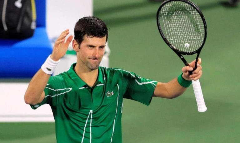 Djokovic arrasa em 59 minutos rumo aos quartos-de-final no Dubai