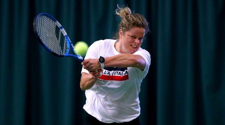 Kim Clijsters desiste do torneio de Cincinnati