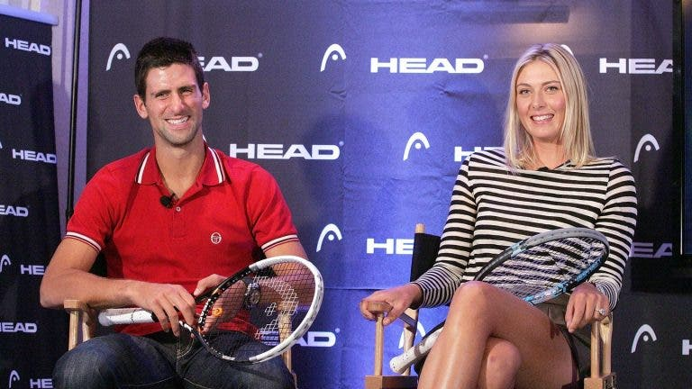 [VÍDEO] Djokovic com gesto bonito para Sharapova após saber das notícias