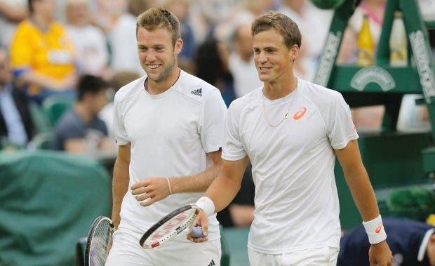 Roland Garros: João Sousa confirmado em pares e 'PospiSock' de regresso