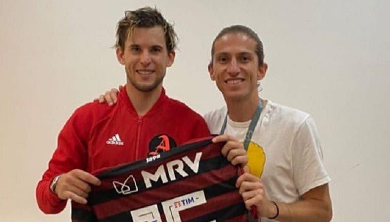 Dominic Thiem recebeu camisola do Flamengo de Jorge Jesus