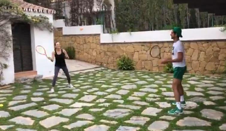 [VÍDEO] Desafio de Murray foi demasiado fácil para Djokovic e Jelena