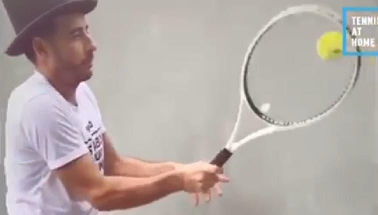 Federer partilha novas respostas ao seu desafio com a presença… de um português