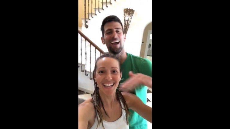 [VIDEO] Jelena consegue cortar cabelo a Nole: «Não ficou assim tão mal»