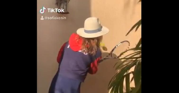 [VÍDEO] A campeã do Australian Open também já respondeu a Federer