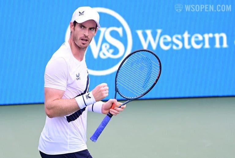 Murray: «Não percebo as críticas ao SABR do Federer e ao serviço por baixo»