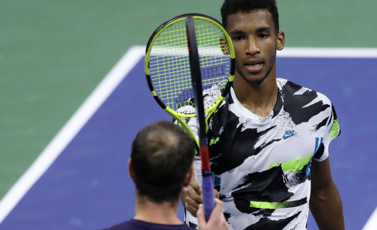 Auger-Aliassime faz exibição de outro Mundo e despacha Murray no US Open