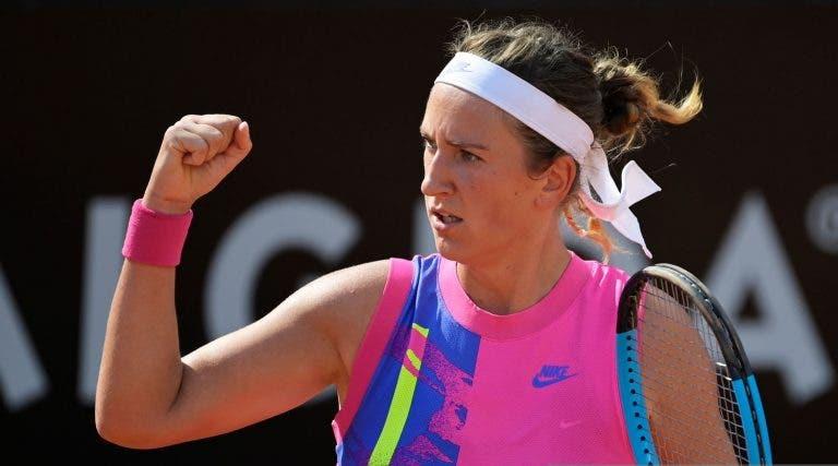 Quatro dias depois da final do US Open, Azarenka muda de continente e superfície mas bate Venus Williams