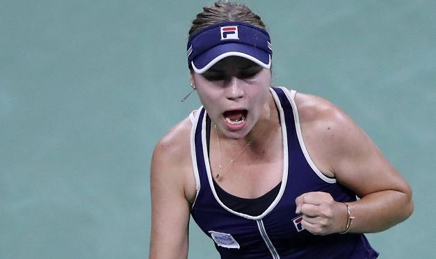 Kenin faz 10-0 em Grand Slams este ano rumo aos 'oitavos' do US Open