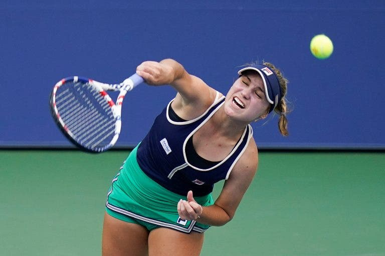 Sofia Kenin avança tranquila para a terceira ronda do US Open