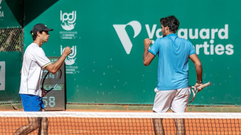 Borges e Cabral alcançam grande vitória e garantem finalista português em pares