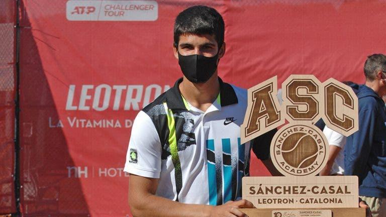Alcaraz bate ex-top 25 e vence segundo título Challenger aos 17 anos