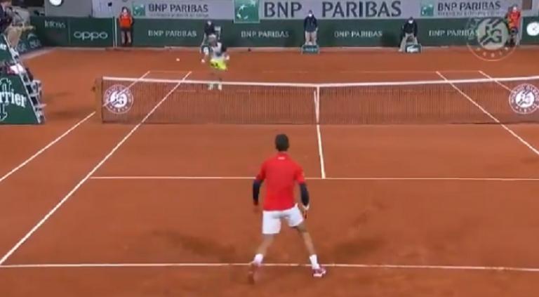 [VÍDEO] Djokovic e Khachanov jogaram o ponto do dia