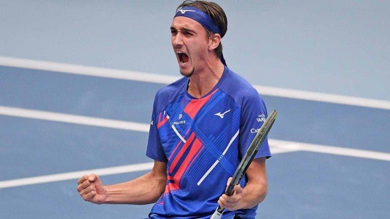 Sonego: «Federer é o meu ídolo, mas gostava de ter a resposta do Djokovic»