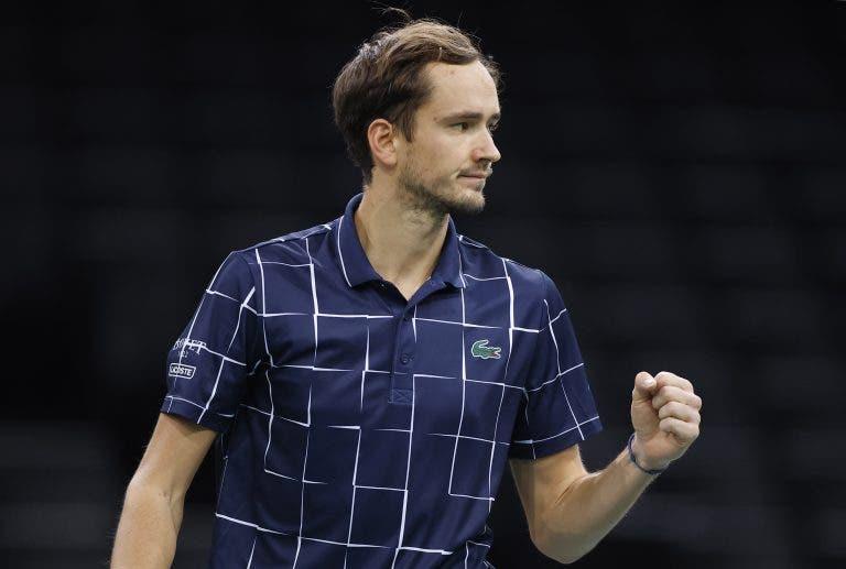 Medvedev continua em grande, elimina Raonic e está na final do ATP 1000 de Paris
