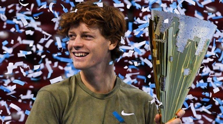 Jannik Sinner é o primeiro homem nascido no século 21 a ganhar um título