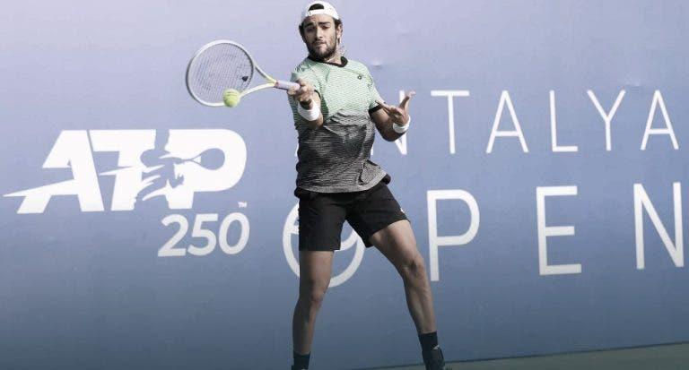 Berrettini triunfa mas Fognini perde na segunda ronda de Antalya