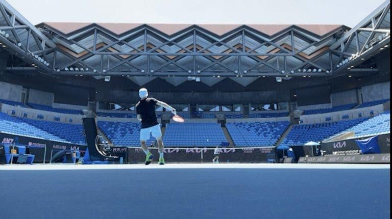 Só um parceiro de treino até ao fim da quarentena no Australian Open