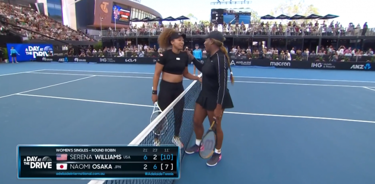No duelo das duas atletas femininas mais bem pagas, Serena derrotou Osaka em Adelaide