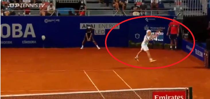 [VÍDEO] Schwartzman protagoniza ponto sensacional em Córdoba