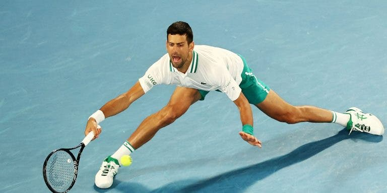 Sem rotura muscular, Djokovic bate Raonic rumo aos 'quartos' do Australian Open