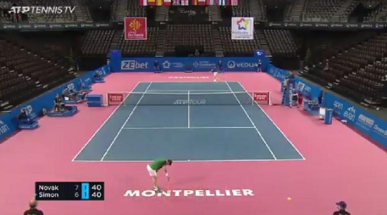 [VÍDEO] Surreal: Simon e Novak jogam troca de bolas com 45 pancadas