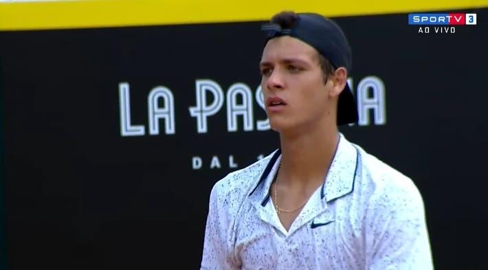 Miguel Gomes perde na primeira ronda de Wimbledon