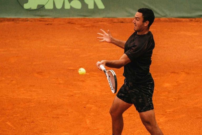 Gonçalo Oliveira não resiste a jovem polaco no Challenger de Varsóvia e cai na primeira ronda