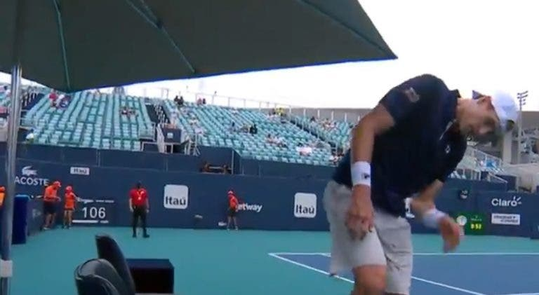 [VÍDEO] Isner perdeu com Bautista Agut e com… o chapéu de sol