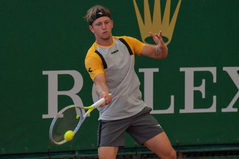 Davidovich derrota Berrettini no regresso do italiano e alcança primeira vitória sobre um top 10