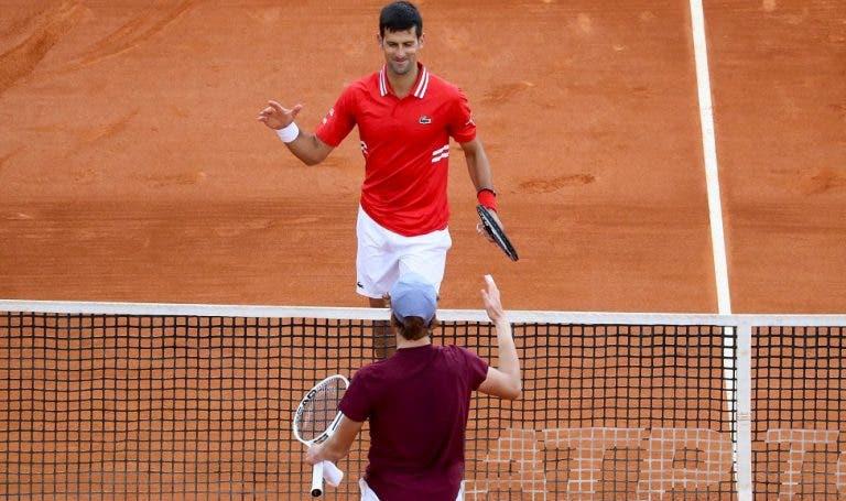 Djokovic: «O que mais impressiona em Sinner é o seu profissionalismo»