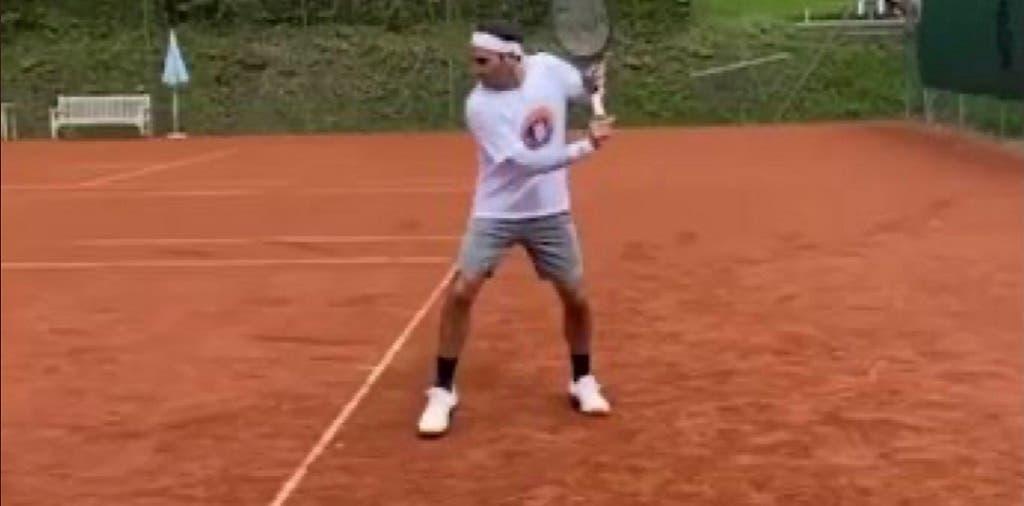 [VÍDEO] De volta à terra! Federer já está em Genebra a preparar regresso à ação