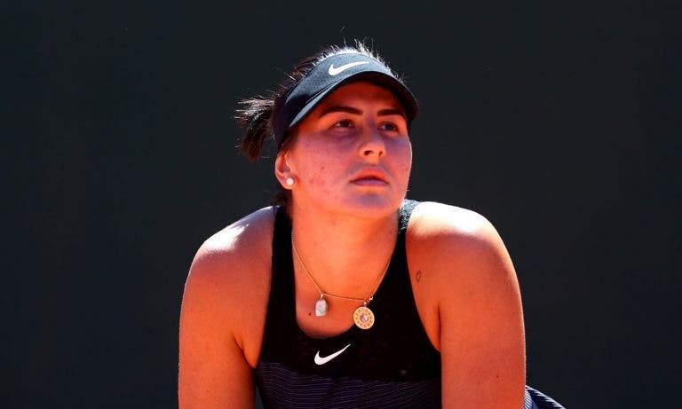 Andreescu eliminada na primeira ronda de Roland Garros após… 3h20 de batalha