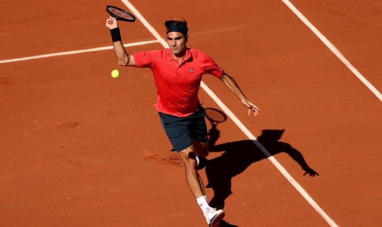 Roger Federer vence e convence no regresso a Roland Garros