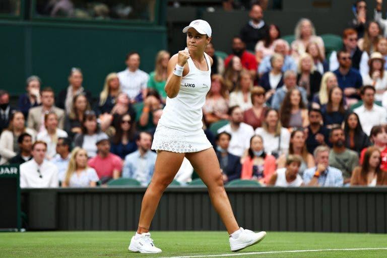 Barty arranca em Wimbledon com vitória difícil em duelo emocionante com Suárez Navarro