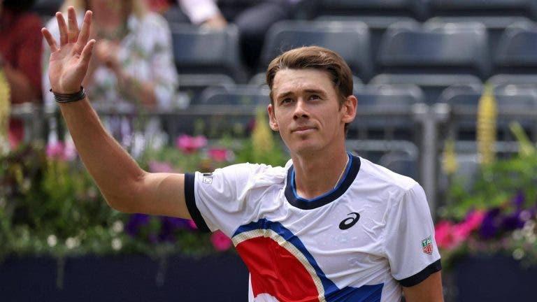 Endiabrado rumo a Wimbledon! De Minaur vence final de cortar a respiração em Eastbourne