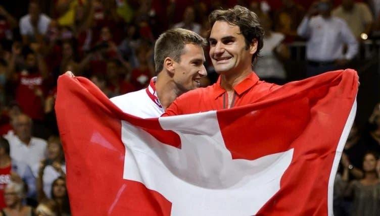 Federer exulta com vitória da Suíça sobre a França no Euro'2020