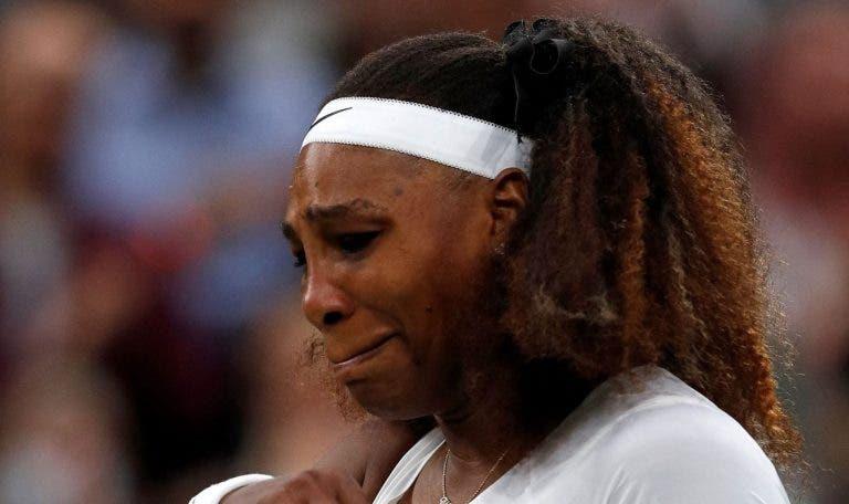 Federer e Murray alertam após desistência de Serena: «Relva no Central está escorregadia»