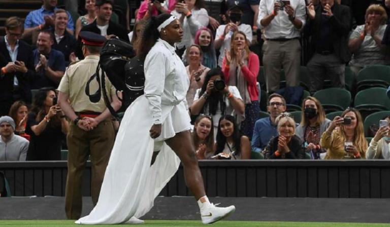Serena não deu conferência de imprensa mas abordou desistência: «De coração partido»