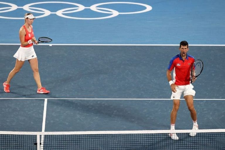 Djokovic viciado em ganhar: mais um arraso rumo às meias-finais de pares mistos