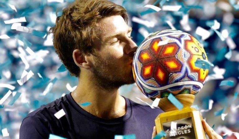 Cameron Norrie consolida temporada fabulosa com primeiro título da carreira