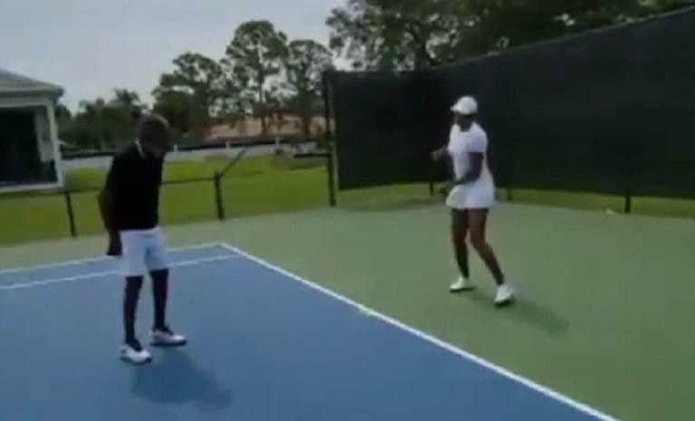 [VÍDEO] Histórico Richard Williams volta ao court com a filha Venus